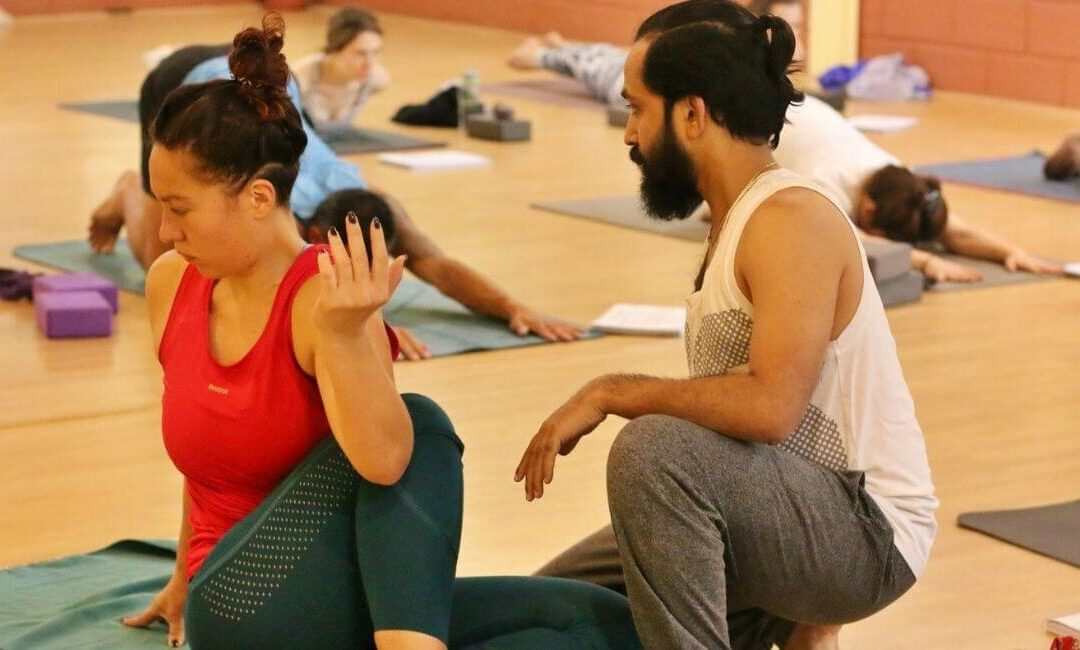 6 biggest Yoga Teacher's mistakes and how to fix them right now